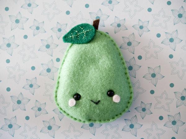 Pear hand warmer